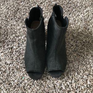 Black peep-toe Old navy booties. Size 8